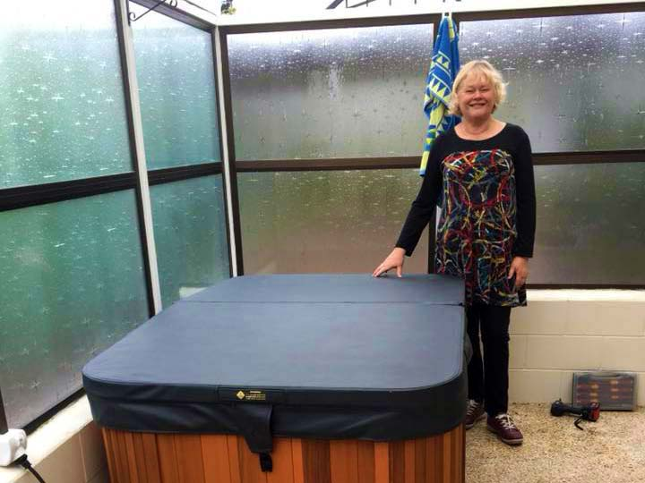 Marilyn from Taupo is a very happy customer of our Solo spa pool